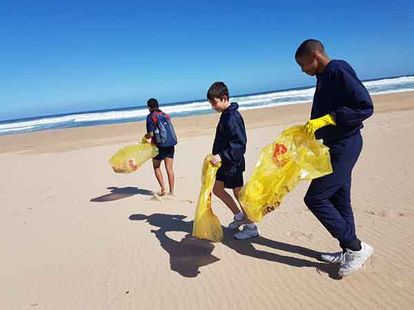 Beach clean up 1
